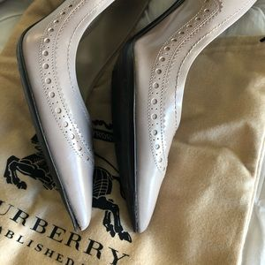 Burberry Brogue Kenway 85 Pump (40 Euro/7 UK)